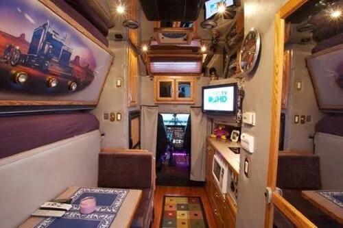 peterbilt cabin